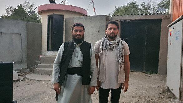 Yeni Şafak sordu: Taliban askeri nasıl geçinir? Nasıl evlenir? Hiç birini öldürdü mü?