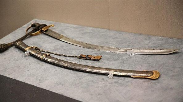 Sultan Abdülhamit Han'ın kişisel eşyaları ilk kez sergileniyor