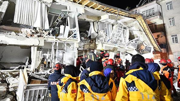 Elazığ'da deprem: 38 kişi hayatını kaybetti, binin üzerinde yaralı var