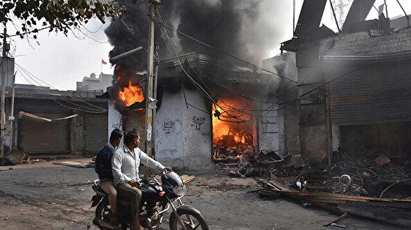 Hindistan Müslümanları ateş çemberinde