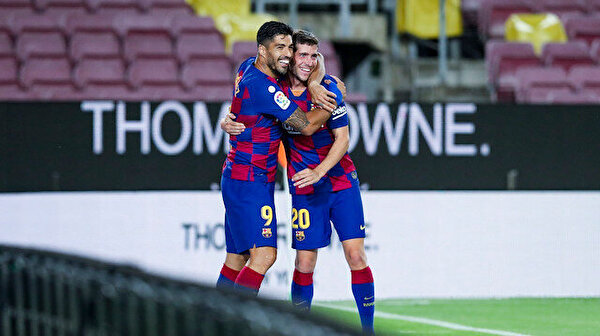 Derbiyi Barcelona kazandı, Espanyol La Liga'ya veda etti