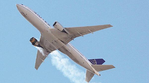 Boeing 777'ler hangara çekildi: Şimdi de sağ motoru alev aldı