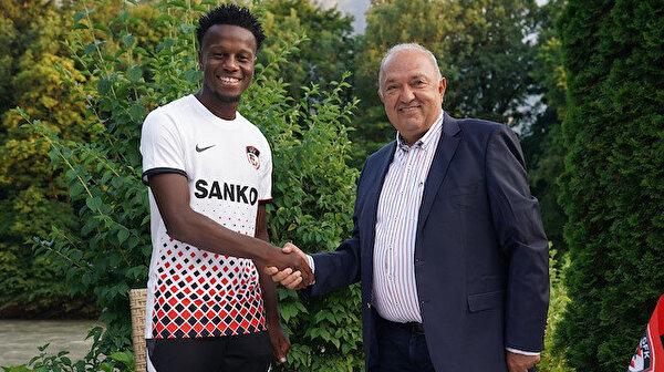 Gaziantep, Schalke 04'ten Hamza Mendyl'i kadrosuna kattı