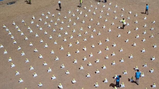 Turkish charity distributes aid to 2,000 Mali...