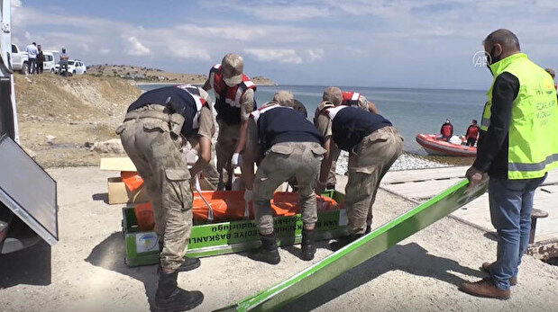 Two more dead bodies recovered from lake in e...