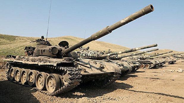 (صور) مشاهد ترصد عربات أرمينية سيطر عليها الجيش الأذربيحاني