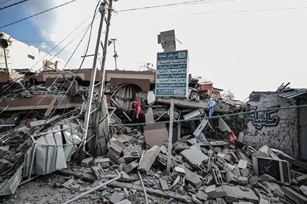 Israeli warplanes destroy 6-story building in Gaza