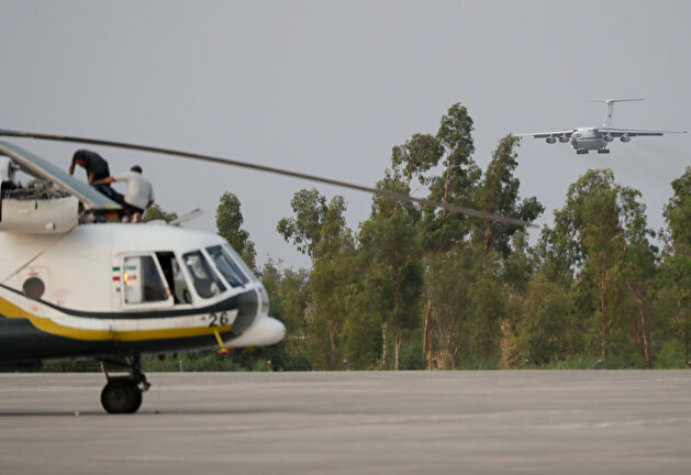 Pilots race against the clock to put out wildfires in Turkey
