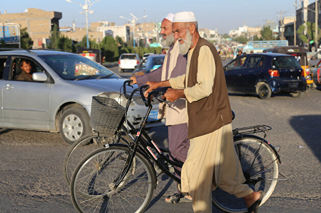 Daily life continues in Herat after Taliban takeover