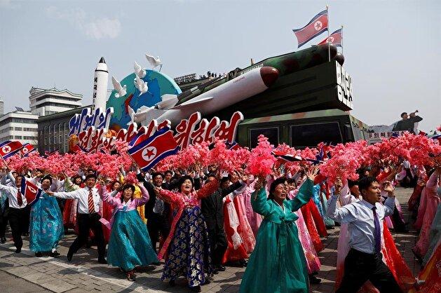 """كوريا الشمالية تهدد بالرد على أمريكا بـ""""السلاح النووي"""""""
