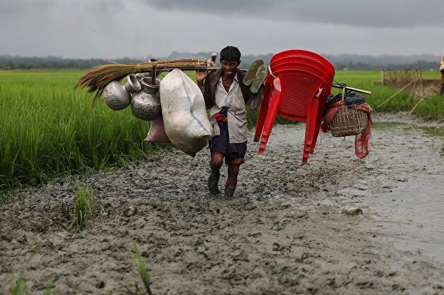 Rohingya Muslims continue fleeing Myanmar's genocide