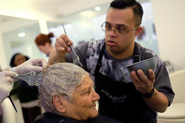 Senior citizens receive makeovers and beauty care to boost self esteem
