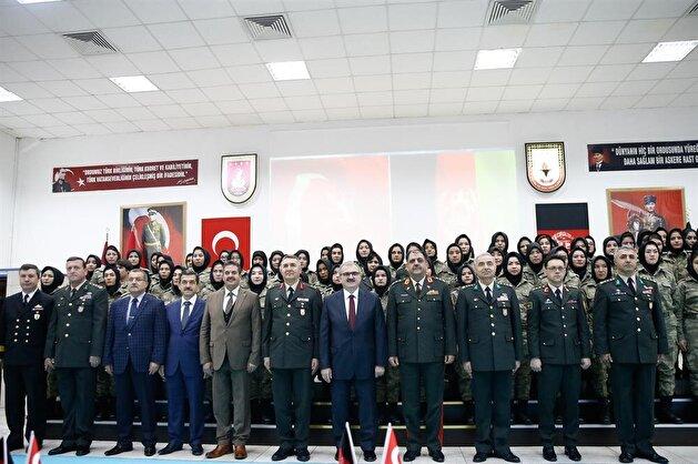 تخريح 75 ضابطة أفغانية في دورة تدريبية بتركيا
