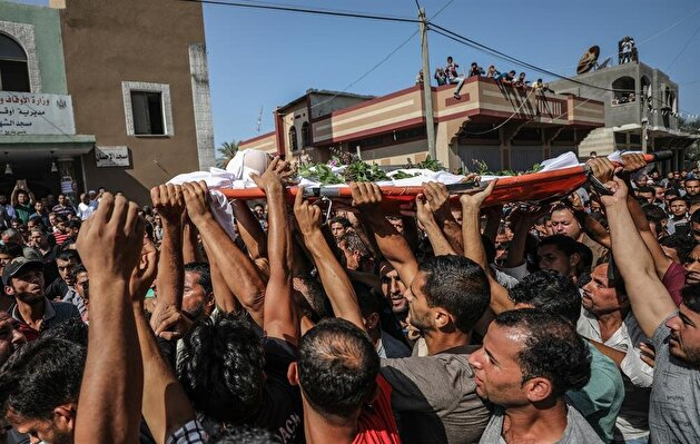 Funeral ceremony of Palestinian child martyred by Israeli soldiers