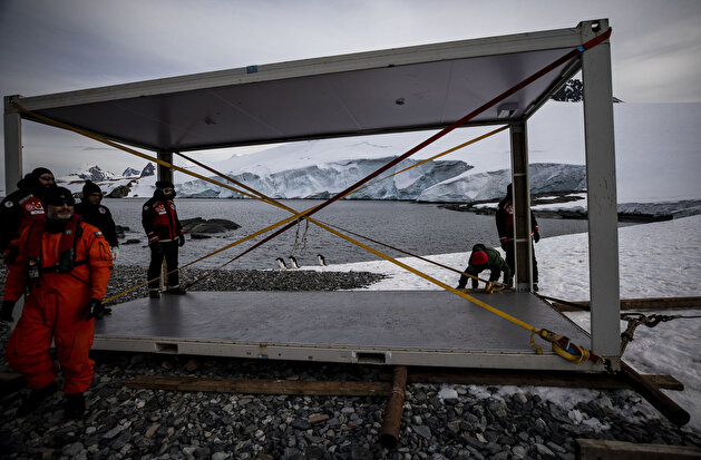Antarctica: Turkey sets up landmark polar base