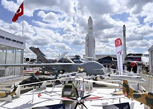 Turkey reveals national combat aircraft for first time at global Paris Airshow