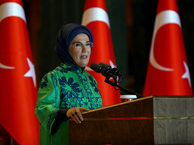 First lady of Turkey gathers with women ambassadors