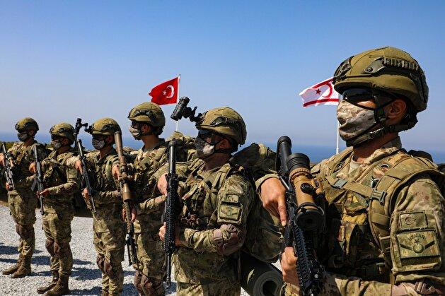 """انتهاء مناورات """"عاصفة المتوسط"""" بين تركيا وقبرص التركية"""