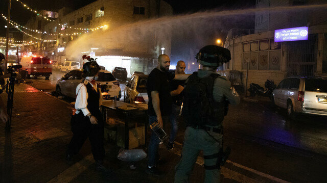 'Israeli attacks aim to divide Al-Aqsa into Jewish and Muslim areas'