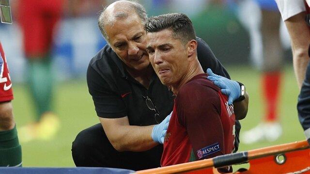 Ronaldo sahayı sedyeyle terk etti