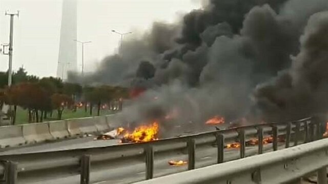Helicopter crashes in Istanbul