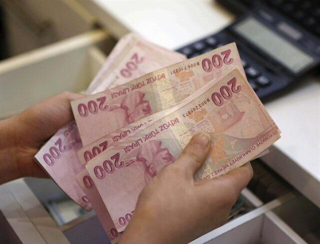 Yes vote would boost Turkish lira: Experts