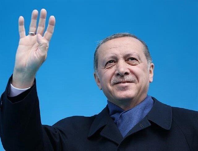Erdoğan congratulates party heads on referendum victory