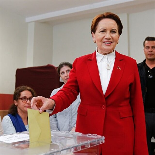 Female presidential candidate Akşener votes in Turkey elections