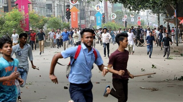 Bangladesh cracks down on dangerous driving after protests