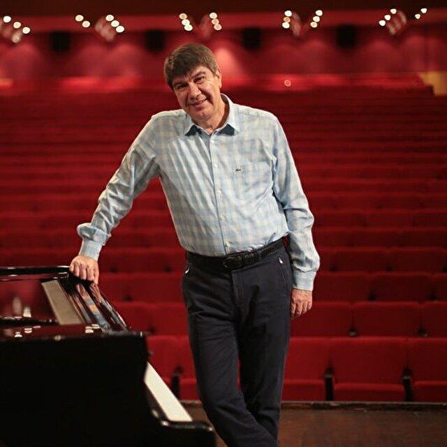 عازفو بيانو عالميون يلتقون في مهرجان