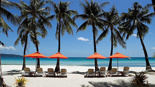 After makeover, Philippines welcomes tourists back to cleaner, leaner Boracay