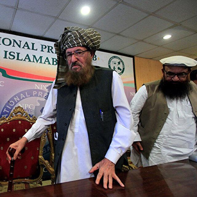 Pakistan's slain religious scholar laid to rest