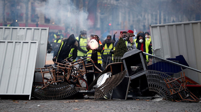 Over hundred detained in fuel price protests in France