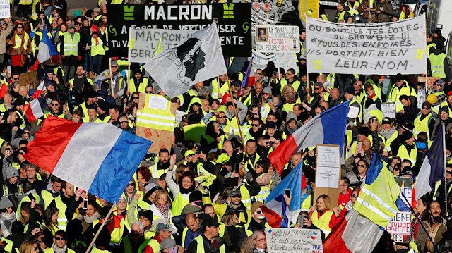 Twenty-five arrested ahead of Yellow Vest protests in France