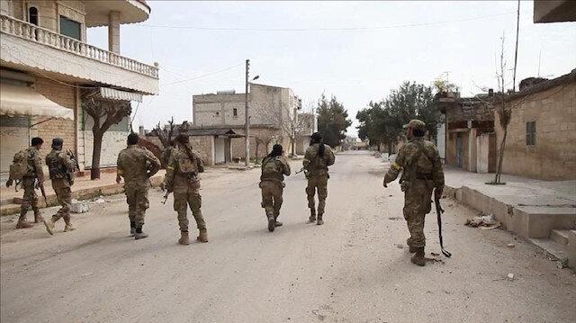 PKK terrorists flee Syria's Manbij disguised as civilians in fear of Turkish op