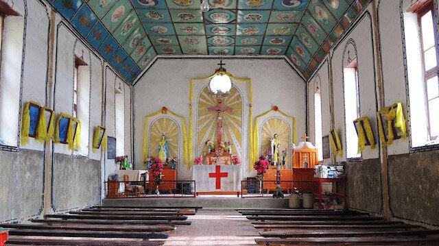 Crisis of faith: Tibetan Catholics face modernity in China village