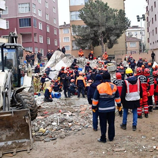 Death toll rises to 16 in Istanbul building collapse