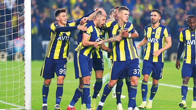 Fenerbahçe tur ateşini yaktı