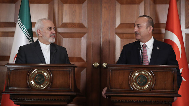 Turkish, Iranian top diplomats discuss regional issues