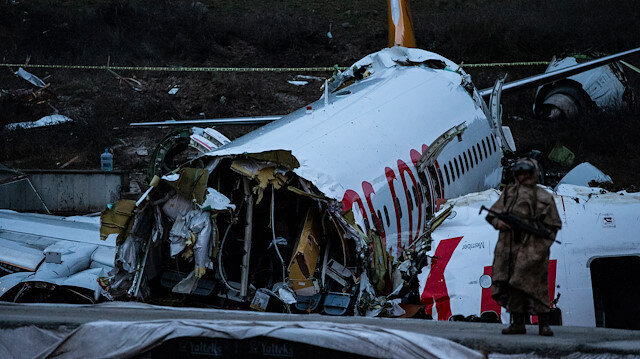 Plane skids off runway at airport in Istanbul, Turkey