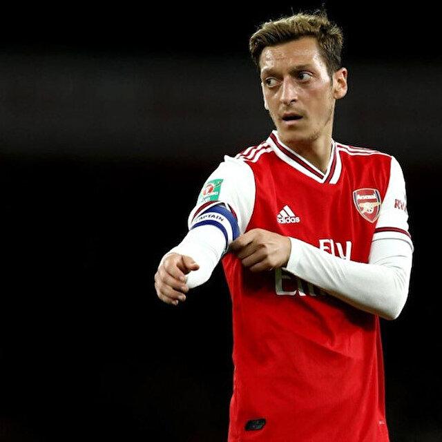 Arsenal'da Mesut Özil krizi