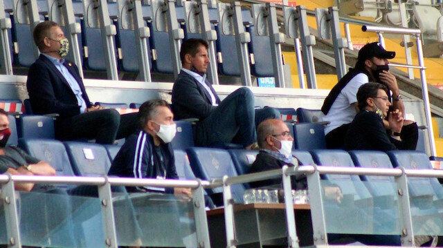 Fenerbahçe'de 2 transfer bitti, 2 transfer de yolda