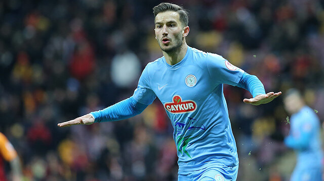 Galatasaray'a transfer olacağı konuşulan Oğulcan Çağlayan Rizespor'la sözleşmesini feshetti