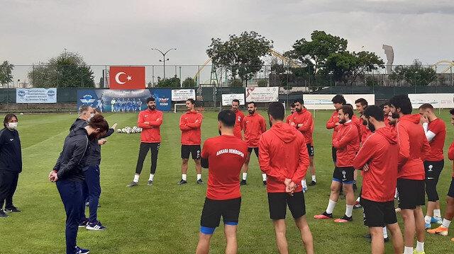 Ankara Demirspor futbol şubesini kapatarak liglerden çekildi