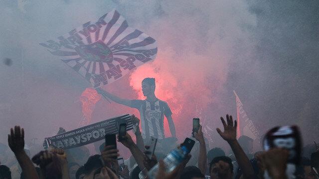 Hatayspor Süper Lig'e çıktı, Hataylılar sokağa döküldü
