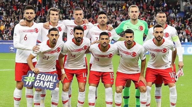 Milli Takım gibi Avrupa kulübü: Burak Yılmaz'ın ardından bir Türk futbolcuyu daha alıyorlar