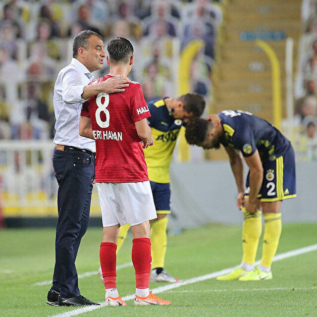 Fenerbahçe'den Mert Hakan Yandaş'a tartışma çıkartacak sözleşme