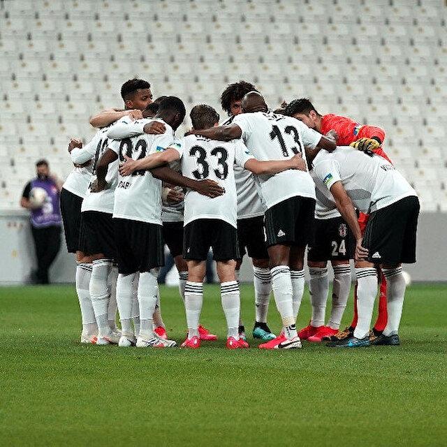 Beşiktaş'ta duygusal ayrılık: Fenerbahçe'ye transfer oldu