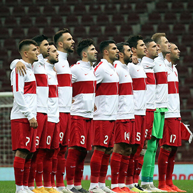 Tümer Metin'den milli futbolcuya övgü: Ondan formayı kolay kolay alamazsın