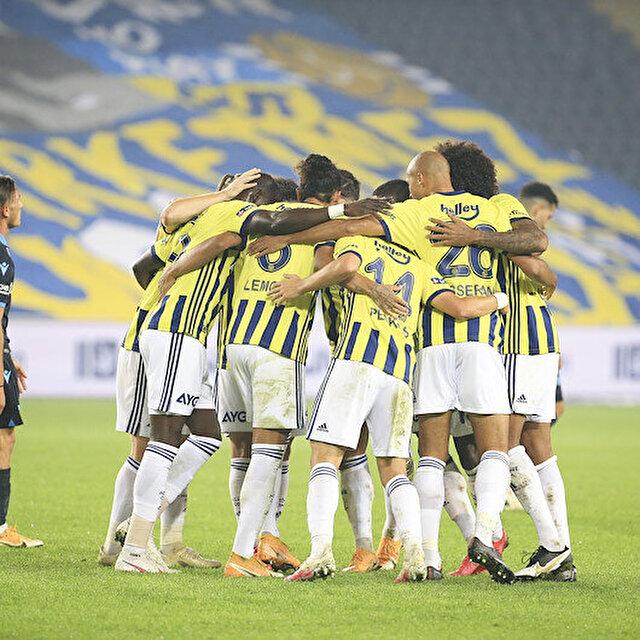 Fenerbahçe, Trabzonspor karşısında geriden gelerek kazandı